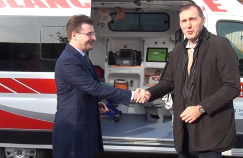 """Novo ambulantno vozilo za Službu hitne pomoći u okviru programa NIS-a """"Zajednici zajedno"""""""